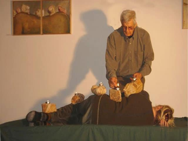 גב ההר, 2007, תצלום דומם מתוך מיצג, גלריית קיבוץ חניתה