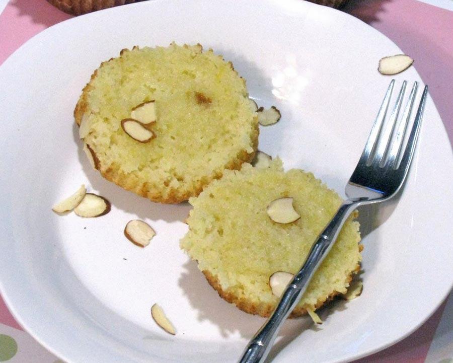 Lemon Ricotta Upclose muffins