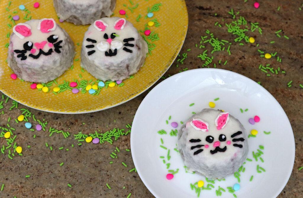 Korean Minimalist Cake