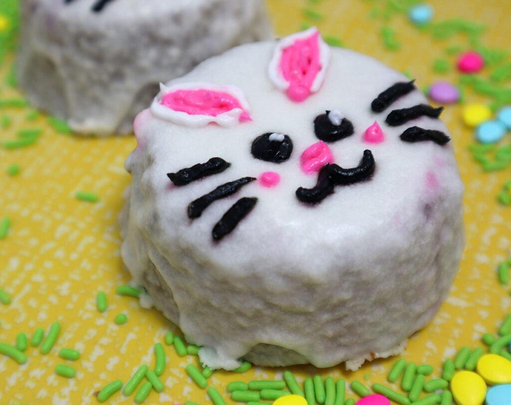 Korean Minimalist Cake Bunny Easter
