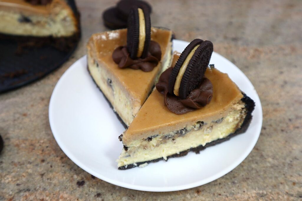 2 Slices of Peanut Butter Oreo Cheesecake