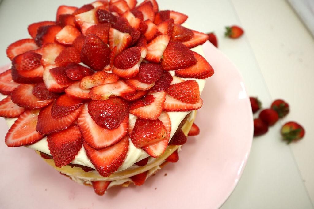 Strawberry Cheesecake Cake Photo