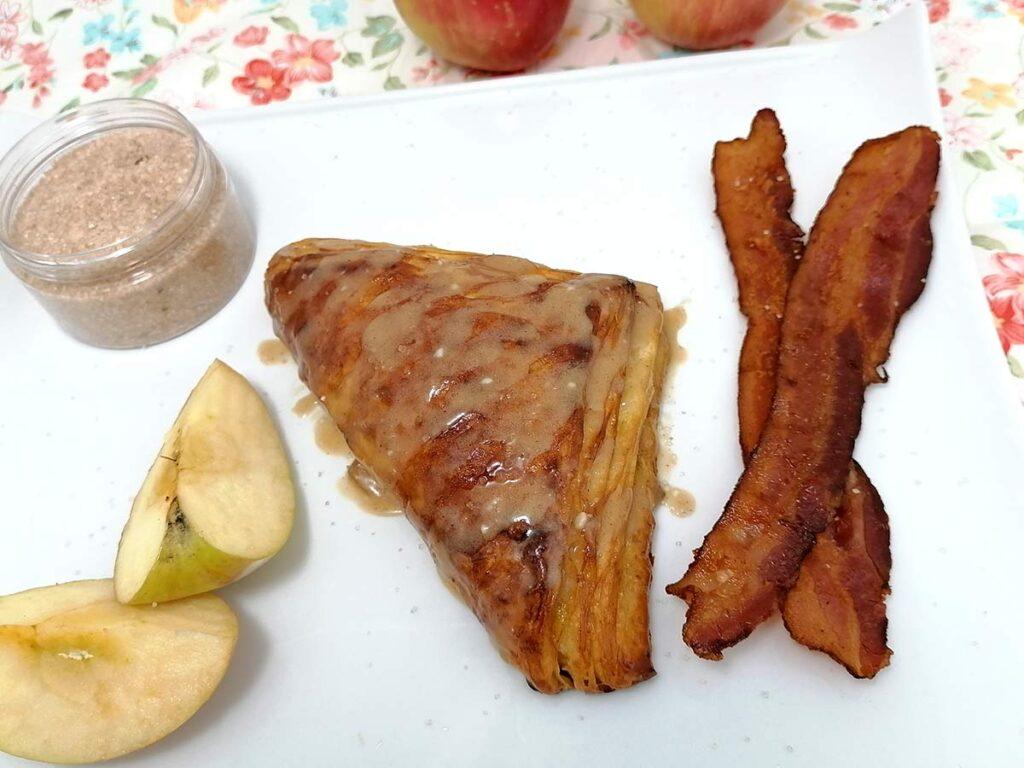 apple pie croissant