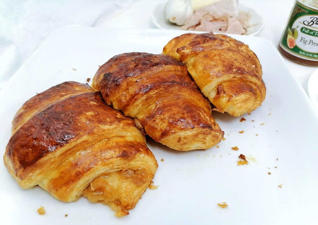 fig jam in croissants