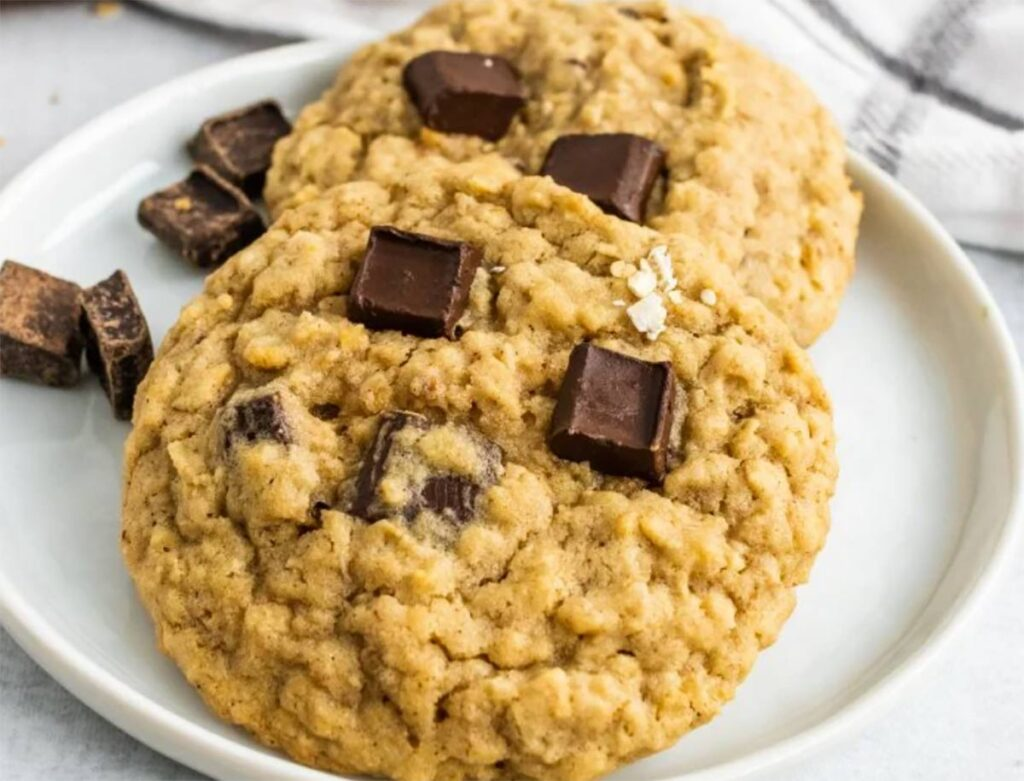 the best 12 chocolate chip cookies