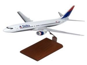 Boeing_737_Delta_KB7378DTR