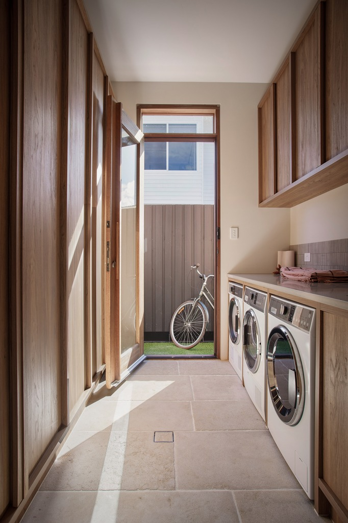 jase-sullivan-byron-bay-Laundry