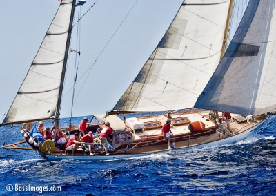 sailboat keeling sideview
