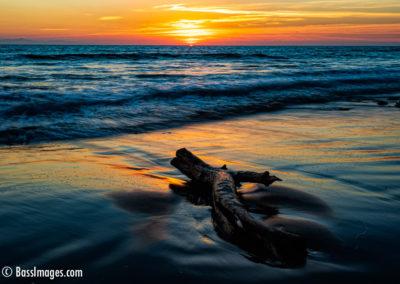 Beach sunset with log-1