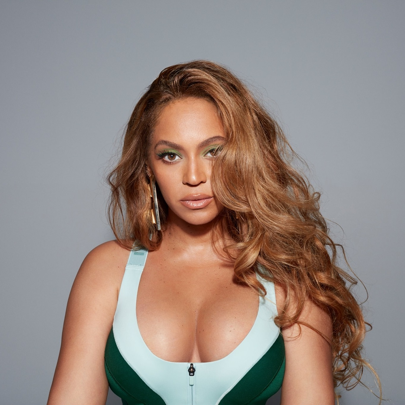 """Beyoncé: """"I have Two Beehives, Real Ones"""""""