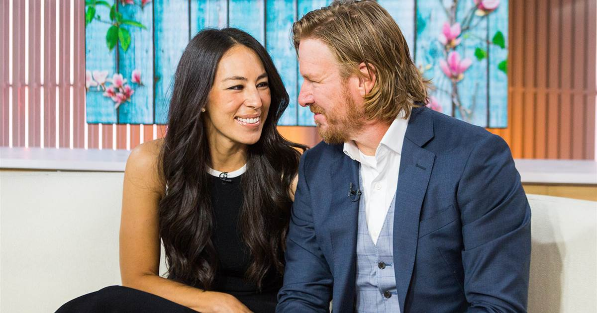 Chip and Joanna Gaines: From Strangers to #Goals