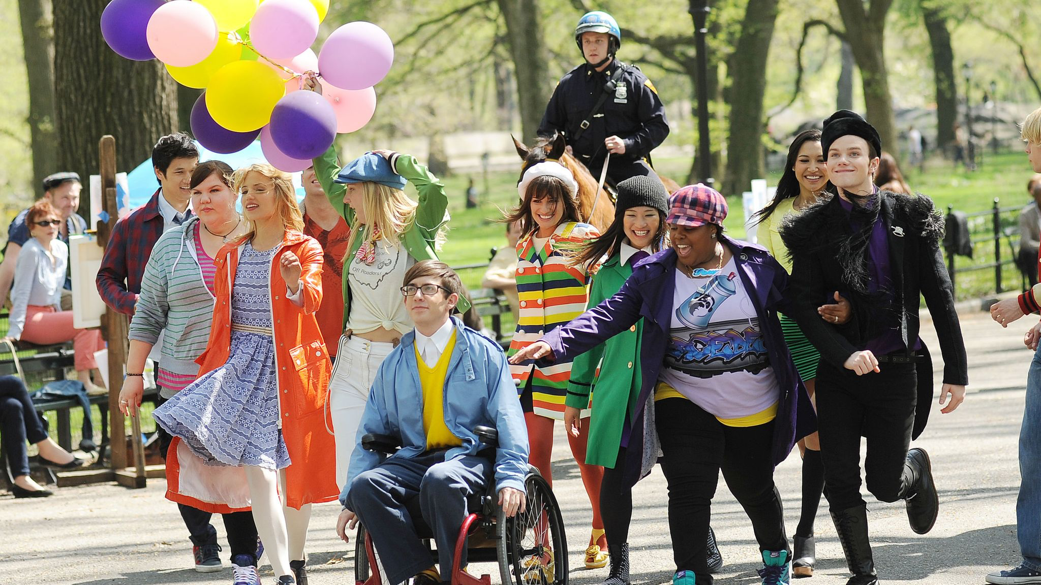 """The Cast of """"Glee"""" Reunites to Talk About Naya Rivera's Impact"""