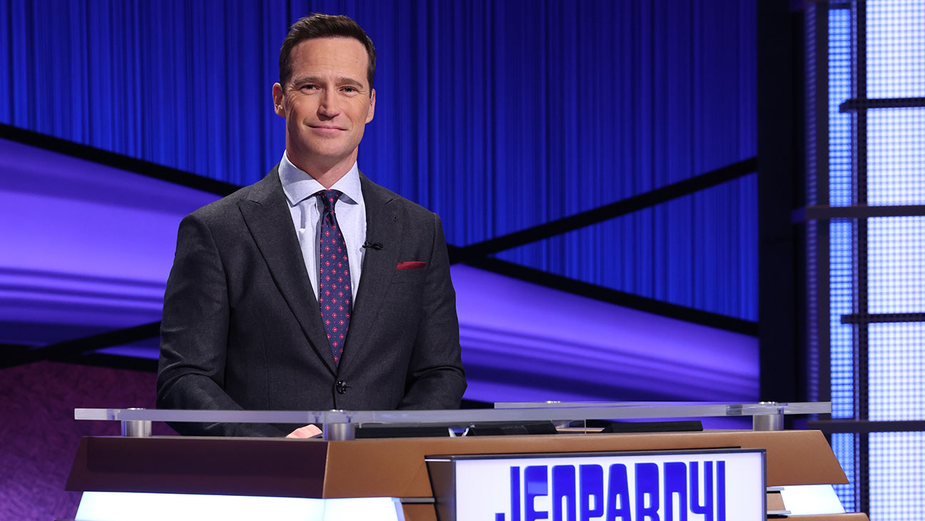 'Jeopardy!' In Search of New Host as Mike Richards Steps Down