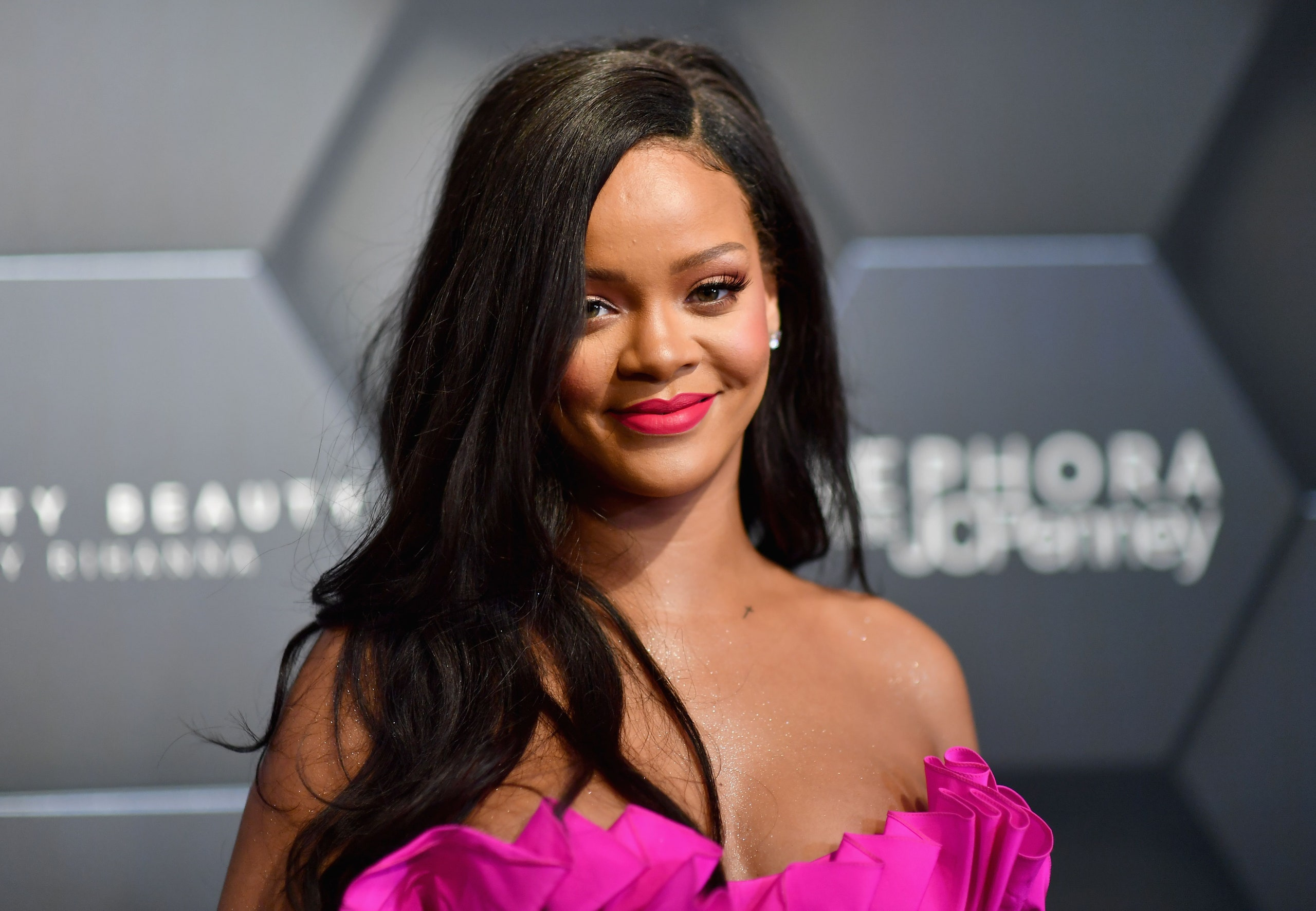 Rihanna Named a Billionaire 'richest female musician' by Forbes