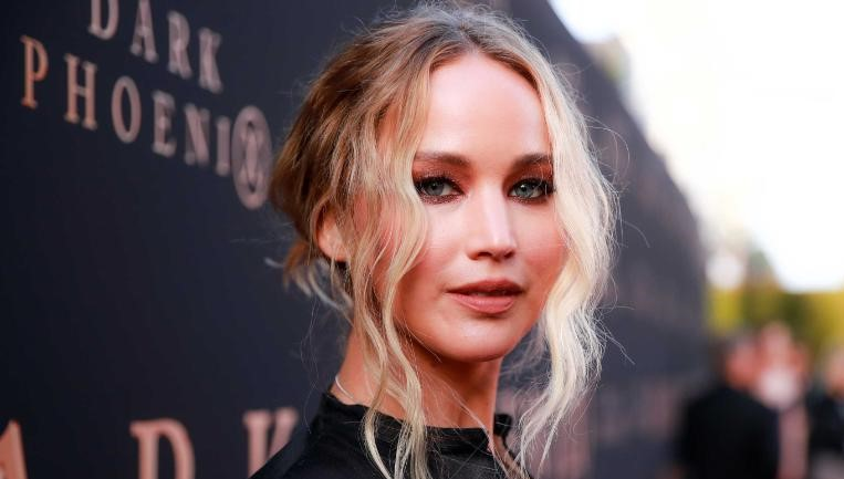 Jennifer Lawrence Expecting First Child with Husband Cooke Maroney