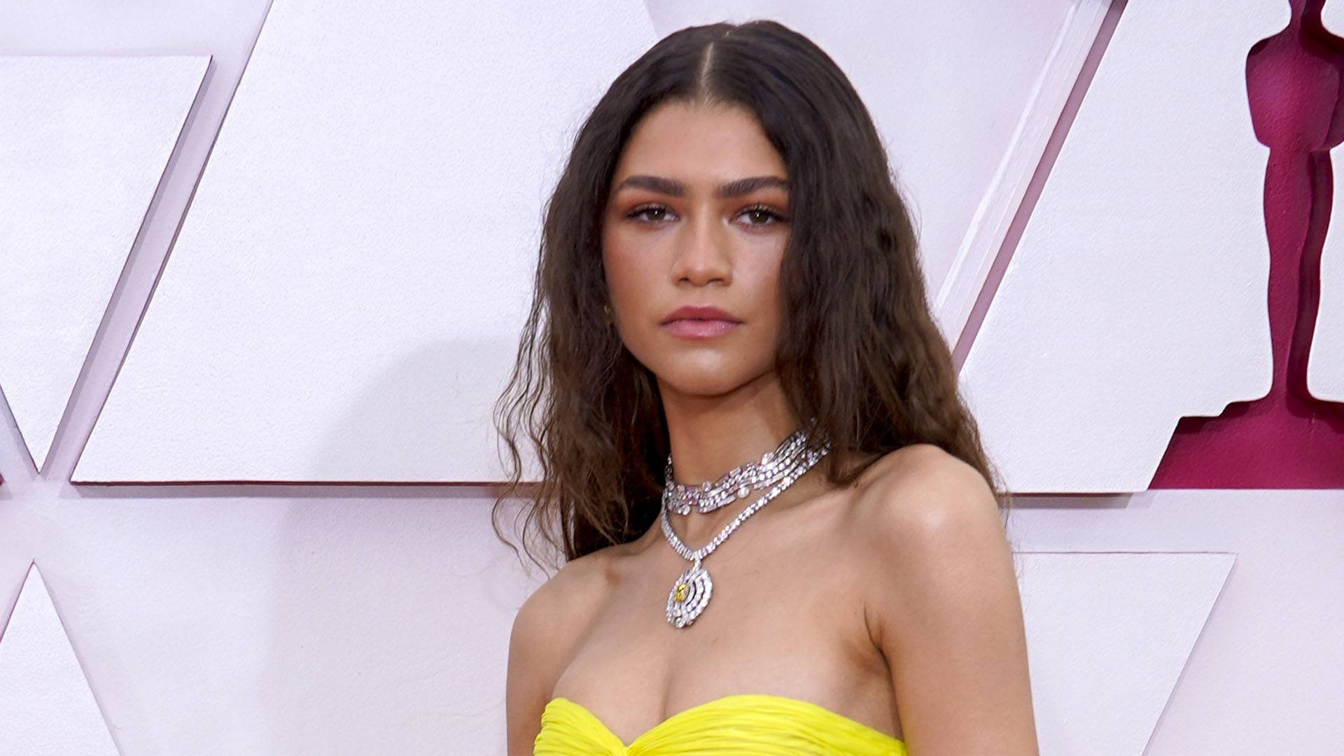 Zendaya Opens Up About Therapy and Financial Anxiety