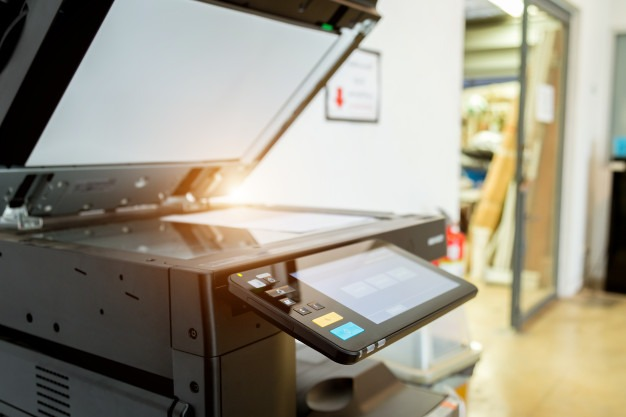 printer-scanner-laser-office_34936-2362