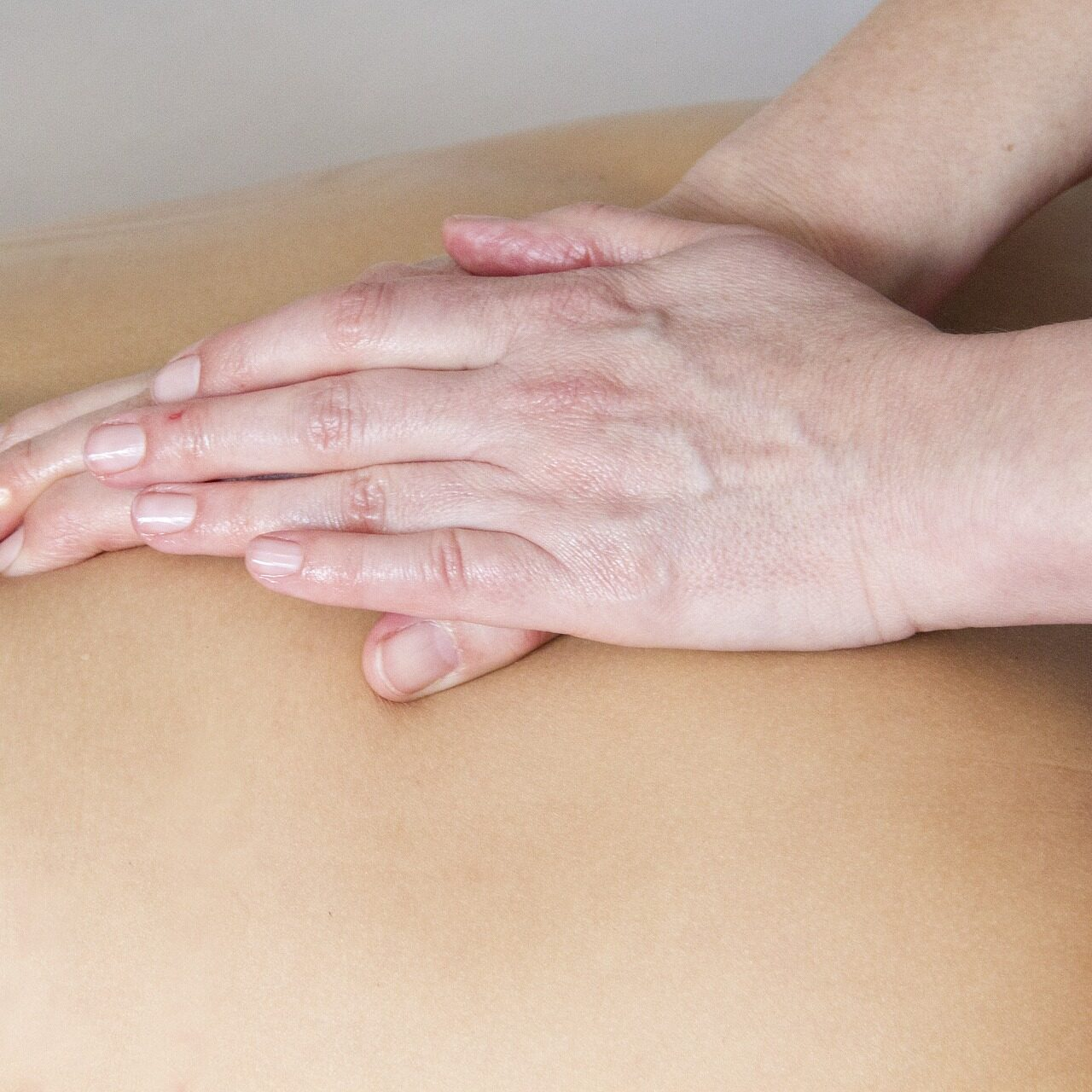 Therapeutic Massage, craniosacral therapy, low back pain, headaches, migraines, neck pain, energy work, reiki