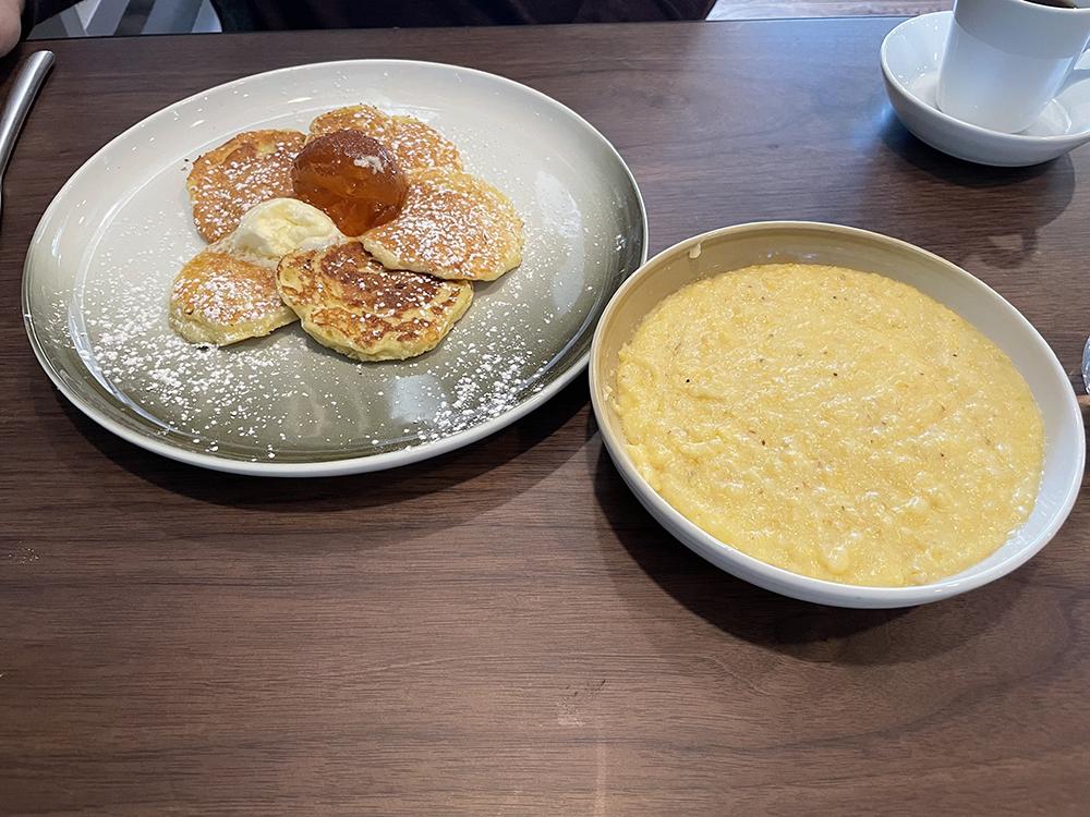 Thompson Landrace Pancakes and Grits
