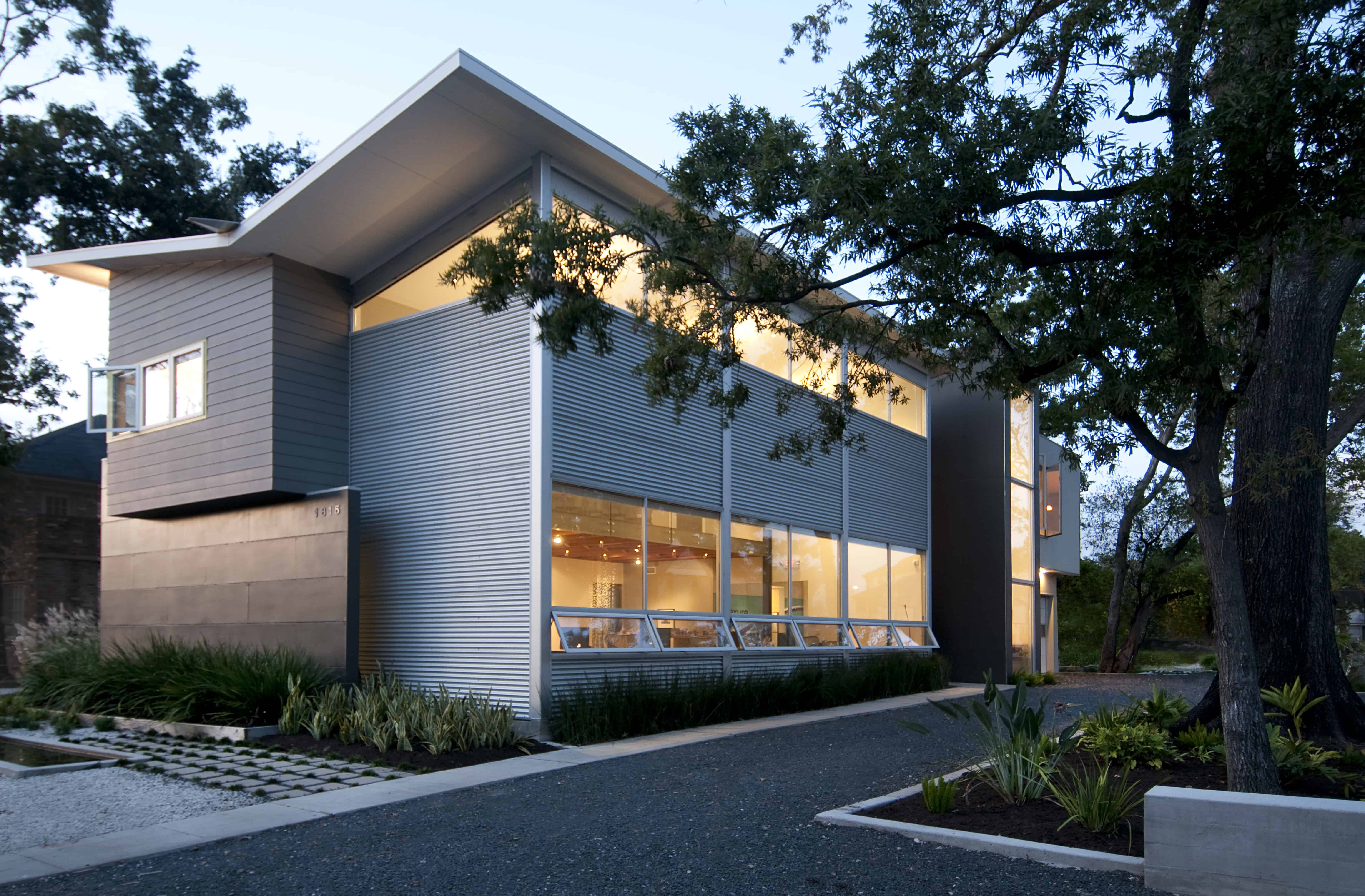 Intexure Architects live work studio features operable windows and drought tolerant landscaping