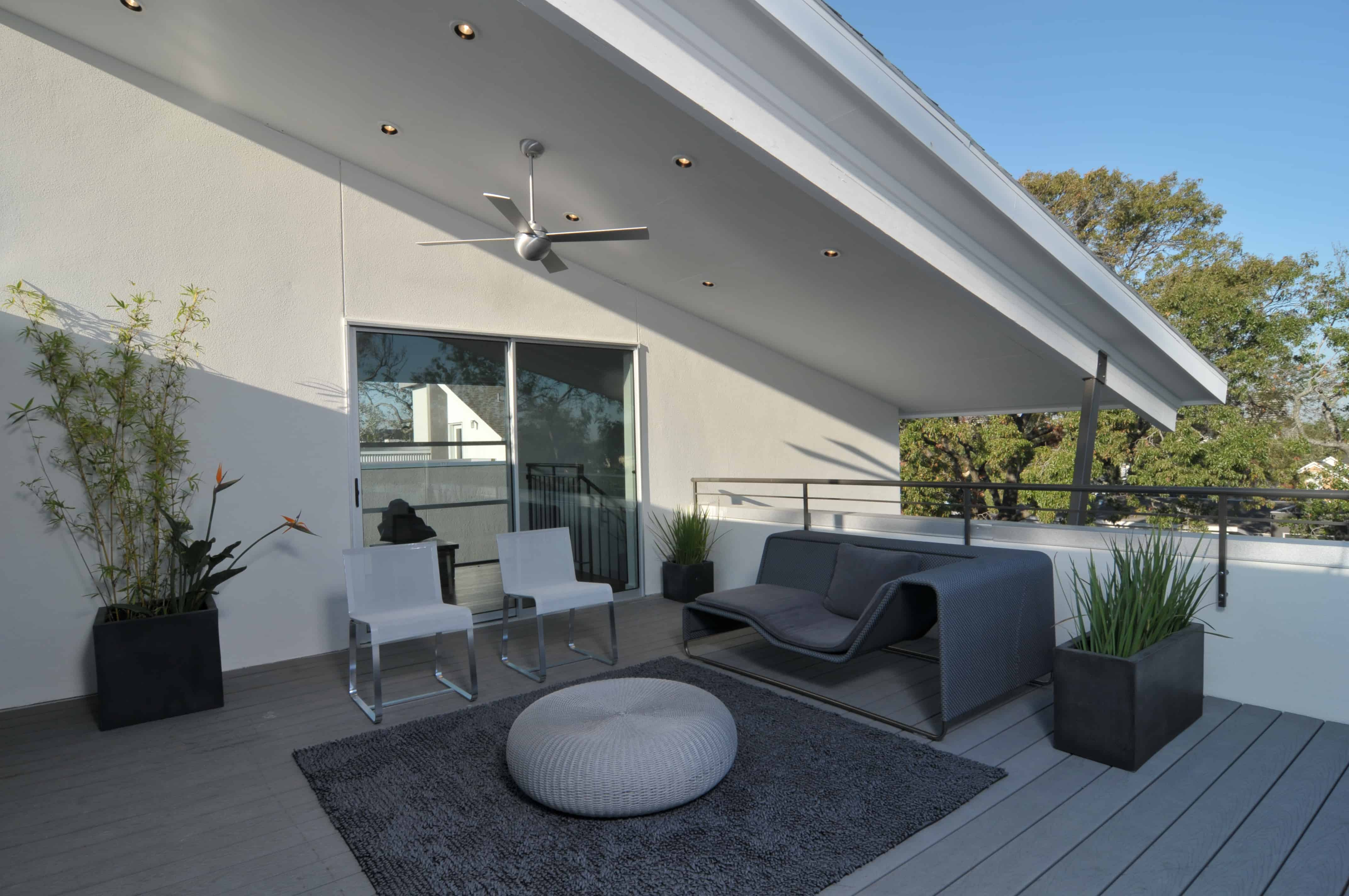 Southmore terrace sustainable houston modern home rooftop terrace.