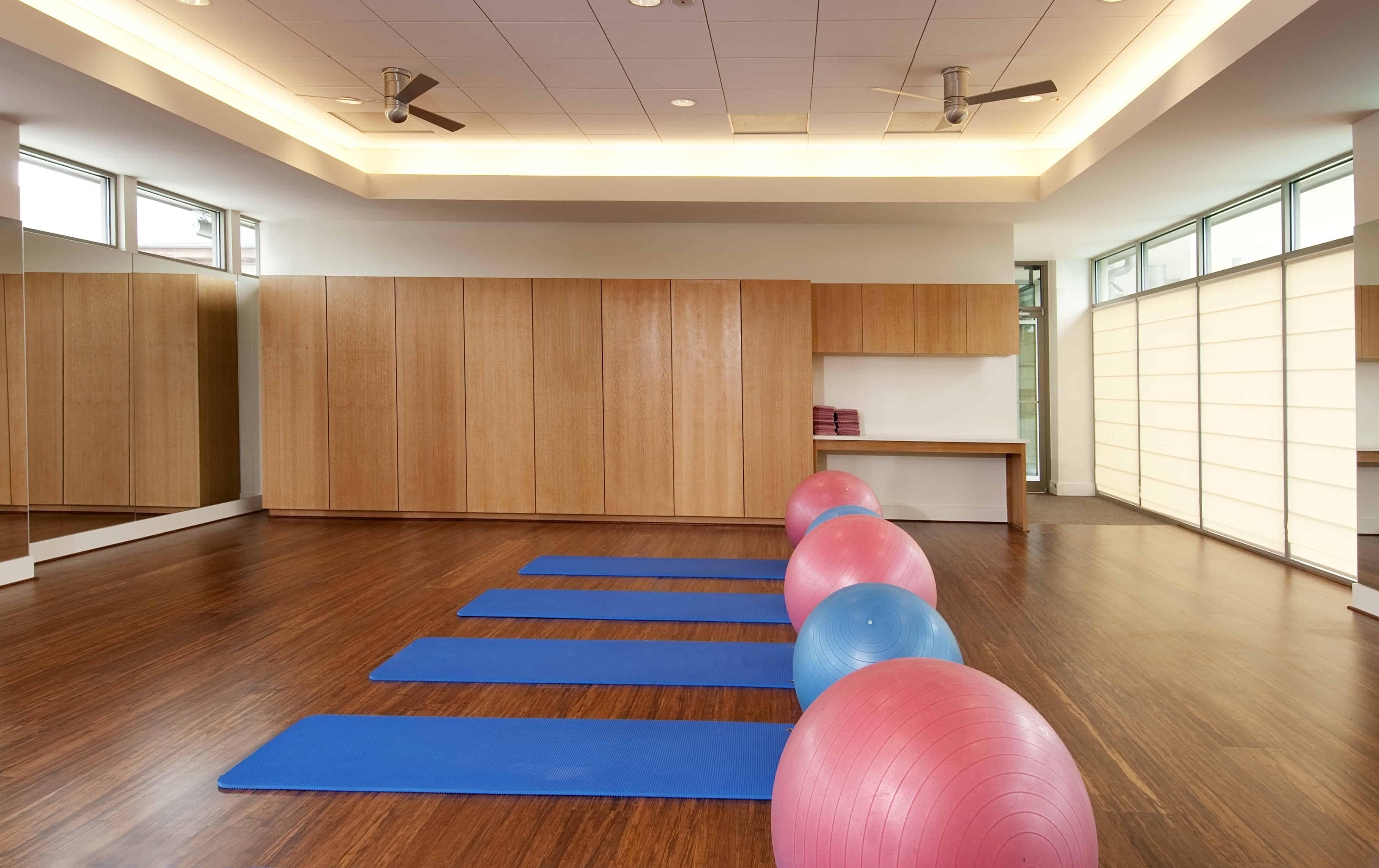 pilates and yoga room design