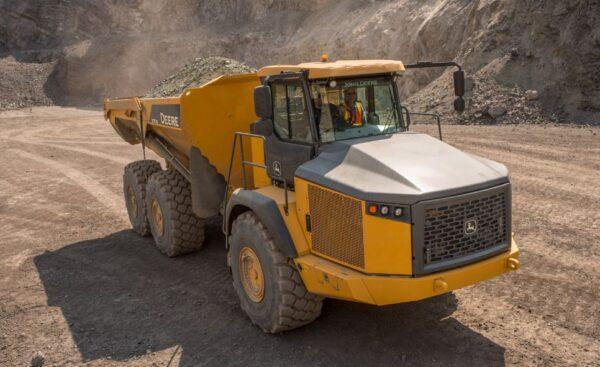 John Deere 370E Articulated Dump Truck