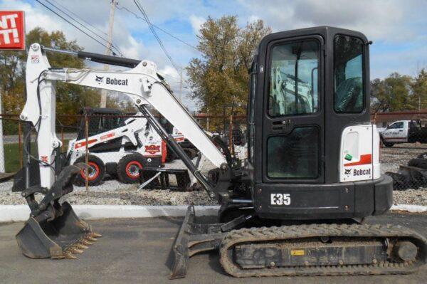 Bobcat E35 Mini Excavator Key facts