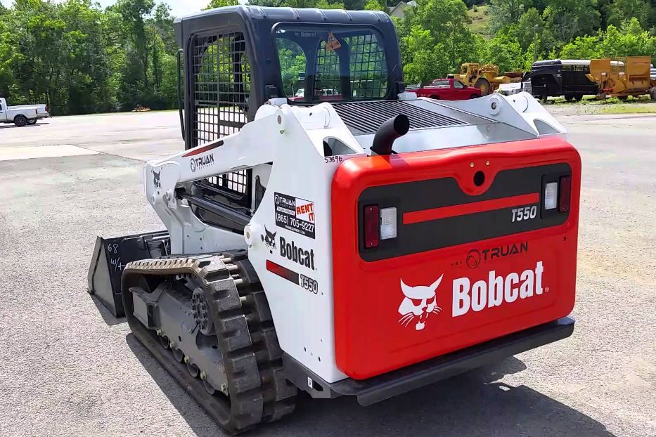 Bobcat T550 Compact Track Loader Overview