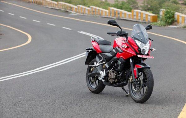 Bajaj Pulsar AS 200 top speed