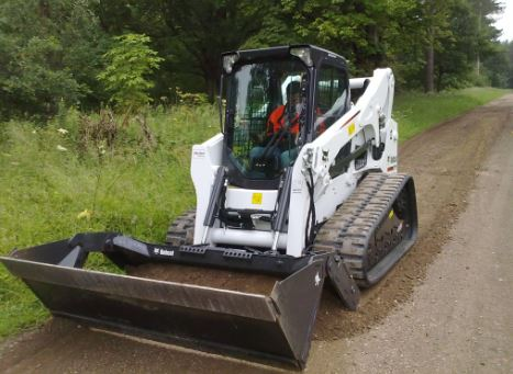 Bobcat T770 Compact Track Loader Specifications