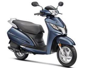 Honda Activa DLX scooter mileage