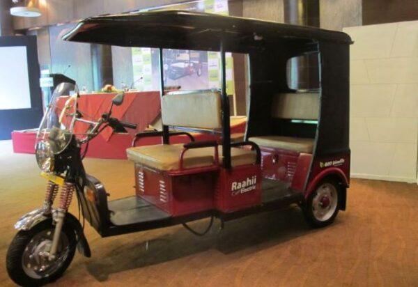 HERO Raahii E Rickshaw specifications