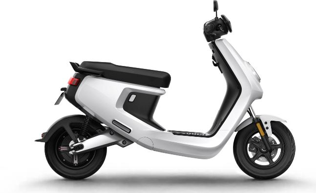 M+ NIU Electric Scooter colors 1