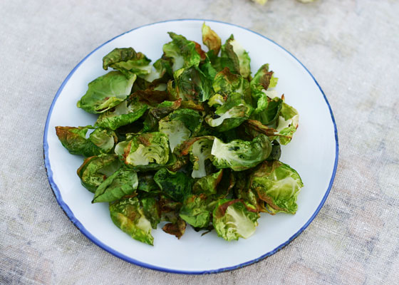 Brussels Sprouts Chips via InspiredRD.com