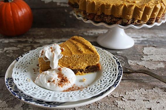 Raw Pumpkin Pie Cheesecake (#glutenfree, #vegan, #raw)
