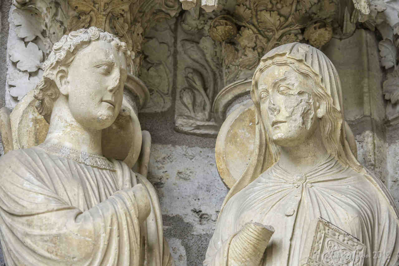 Gabriel and Mary (13th century) North Porch at Chartres Cathedral by photographer Jill K H Geoffrion