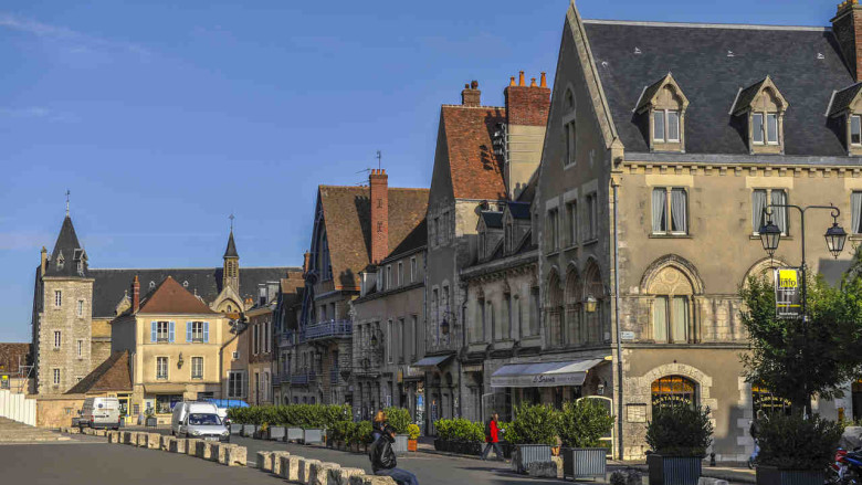 The Cathedral Close, South Side in Chartres by photographer Jill K H Geoffrion