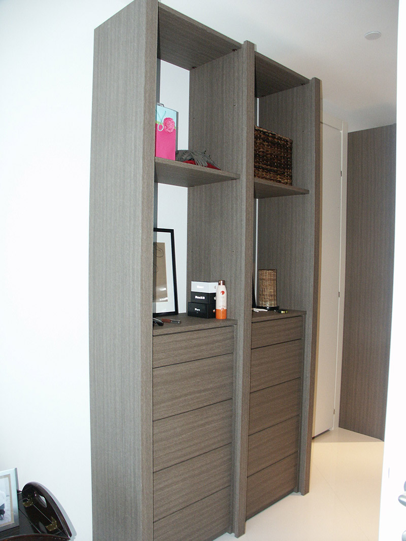 Custom Closet with Drawers