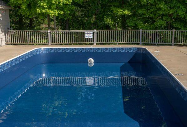gilbert-poolman-drained-pool-service-image
