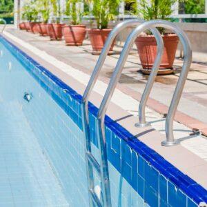 gilbert-poolman-pool-draining