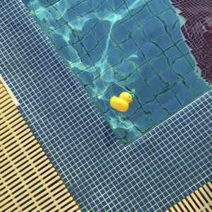 cleaning pool chemicals and cleaning