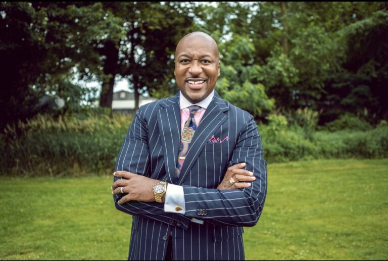 Tied To Greatness: Dr. Alex Ellis Shares his journey into Fatherhood, Navigating his non-profit  style at the center, and keeping family first..