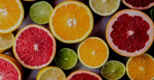 Image of a variety of citrus fruits to illustrate the value of vitamin c therapeutic doses.