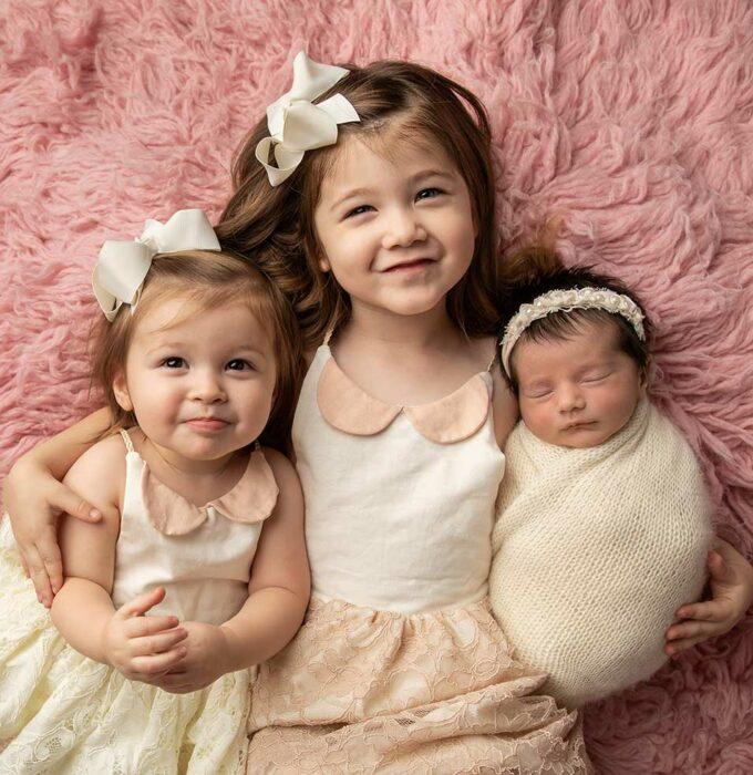 madison-grey-newborn-photograher-anthem
