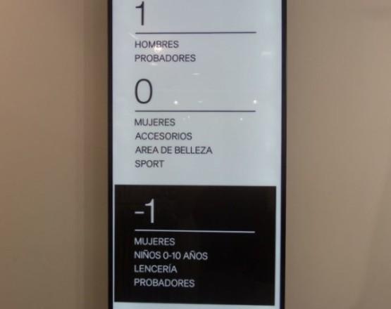 H&M sign Playa Del Carmen