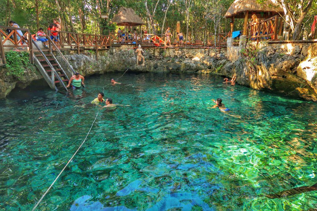 Cenote Zacil Ha