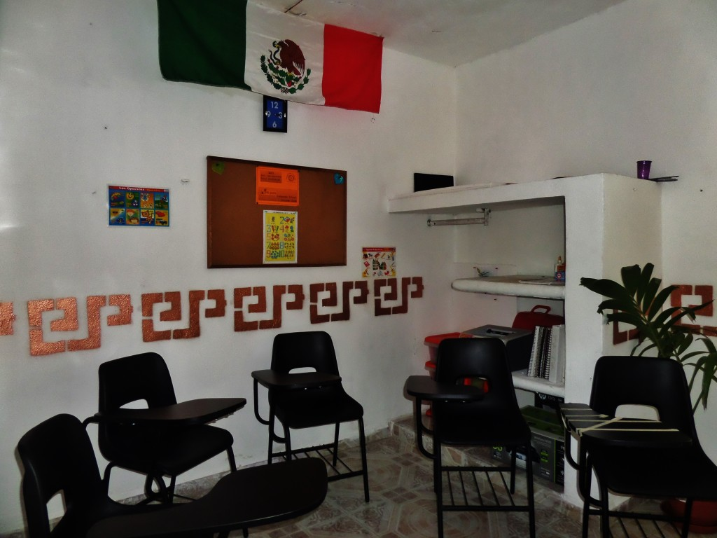 Spanish school in Playa Del Carmen