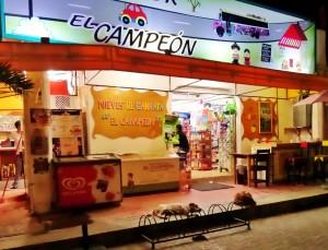 Playa del carmen market night time