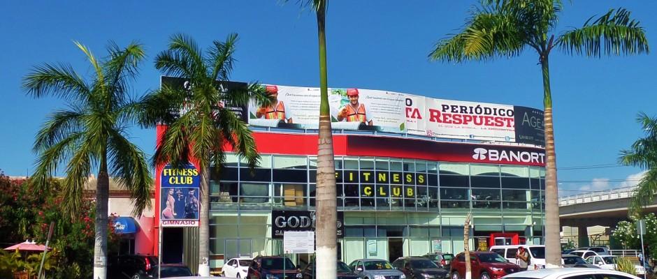Evolve Gym on Juarez Avenue Playa Del Carmen Mexico